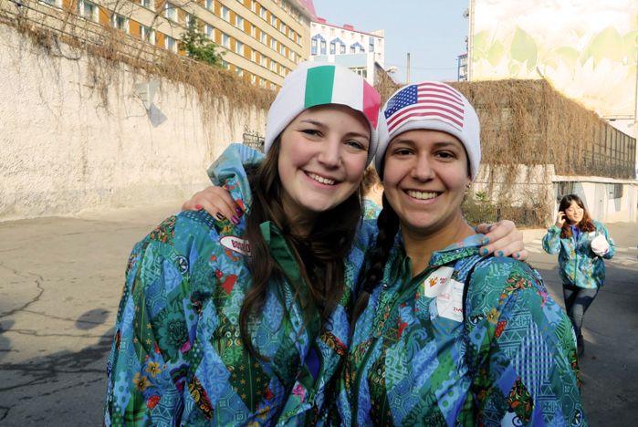 Иностранные студенты ВГУЭС встречали эстафету Олимпийского огня