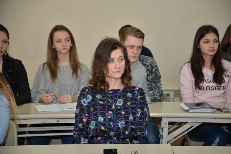 Студенты ВГУЭС научились разбираться в выборах
