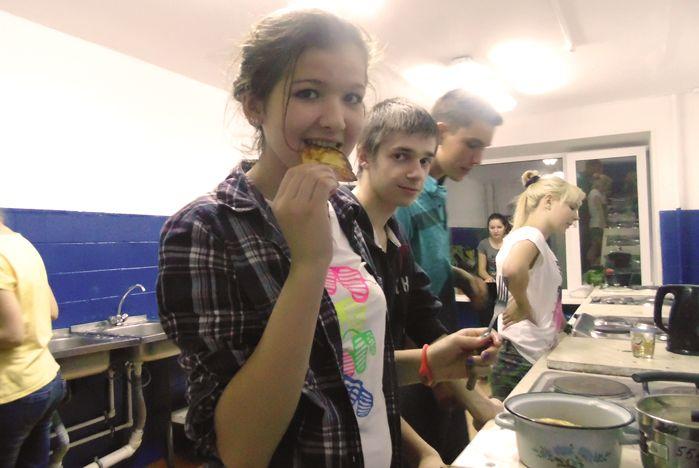 Как студенты ВГУЭС живут в общежитии? Весело и дружно!