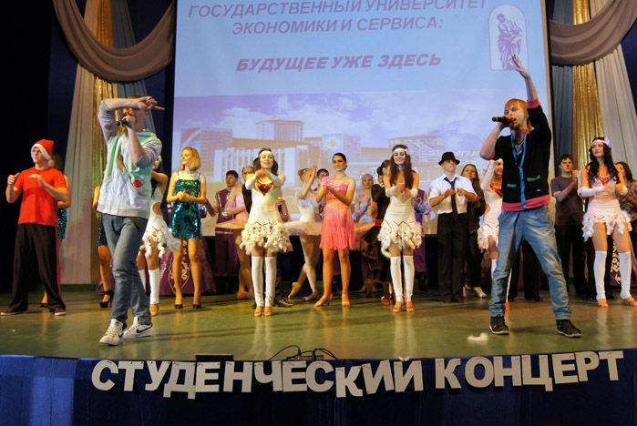 Ректор ВГУЭС Г.И.Лазарев встретился с «океанцами»