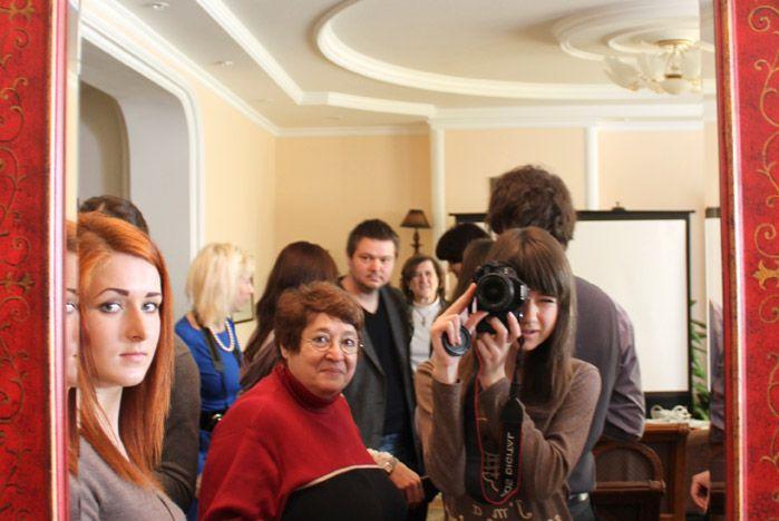 Лицеисты ВГУЭС встретились с известным фотографом из США