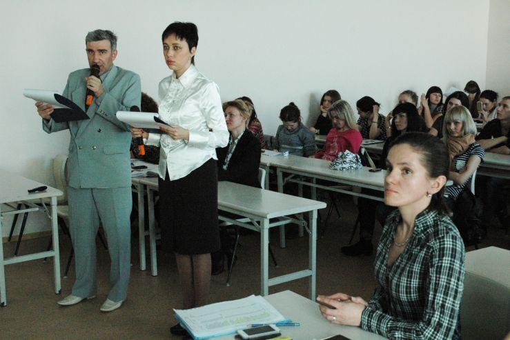 Обсуждение темы Сталинградской битвы объединило участников телемоста трех городов Приморья: Владивосток – Артем – Находка.