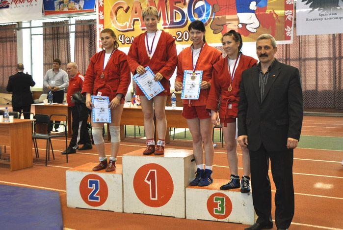 Самбистки ВГУЭС - чемпионки и призеры чемпионата и первенства Азиатской части России