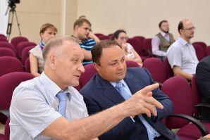 ВГУЭС предложил Владивостоку стать SMART-городом – мэр идею поддержал