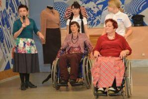 Во ВГУЭС продемонстрировали одежду для маломобильных граждан