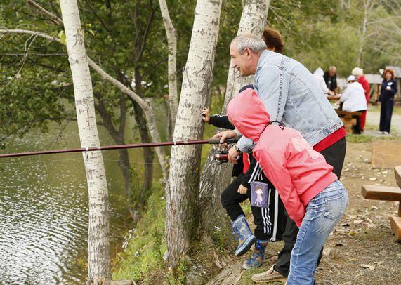 Среди преподавателей и сотрудников филиала прошел турнир любителей рыбной ловли.