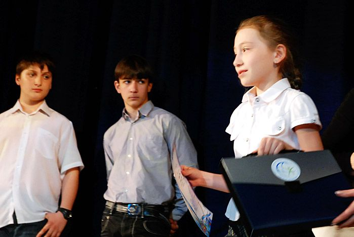 Во ВГУЭС наградили самых любознательных школьников