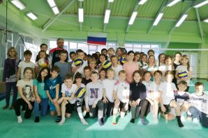 Соревнования по пионерболу прошли в Восточной школе