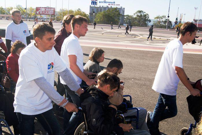 Волонтеры ВГУЭС поддерживают идеи программы «Доступная среда»