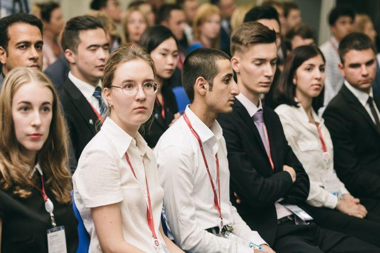 Студенты ВГУЭС на ВЭФ: идеи для развития Дальнего Востока