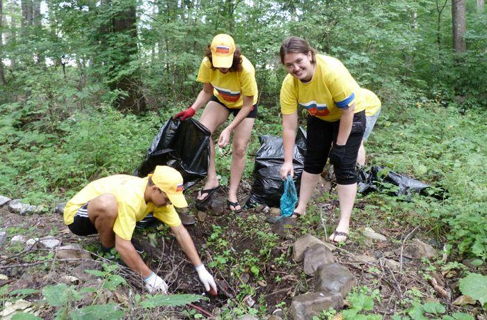 Студенты КСД ВГУЭС оставили свой чистый след на земле Приморья