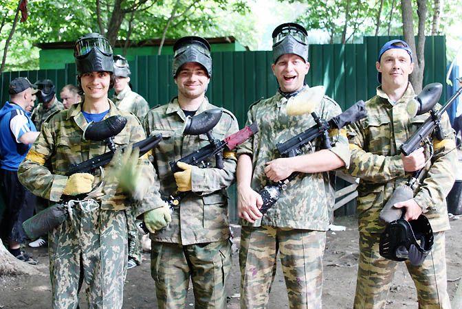 Команда ВГУЭС с боем взяла «серебро» на турнире по пейнтболу