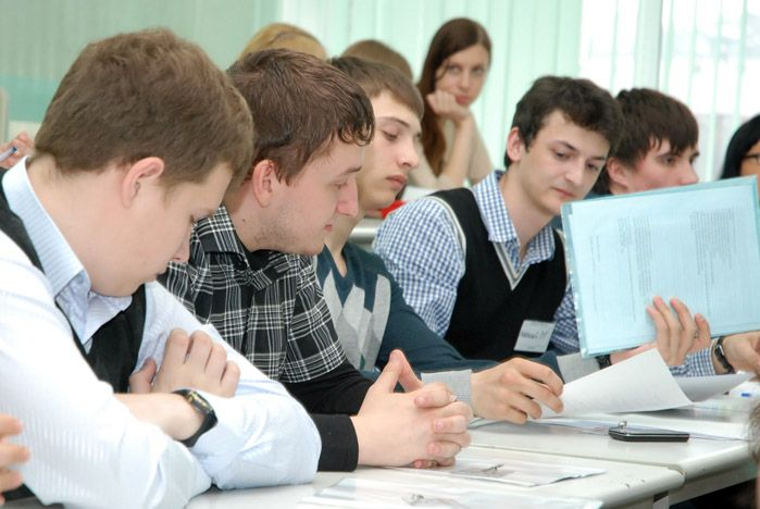 Студенты ВГУЭС проявили себя на WORK-кастинге