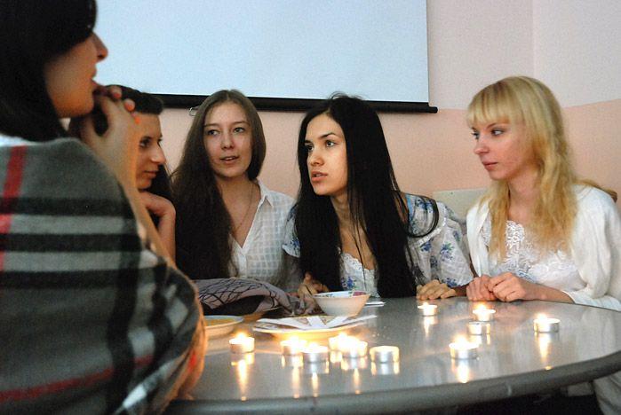 Студенты ВГУЭС рассказали о традициях святочных гаданий