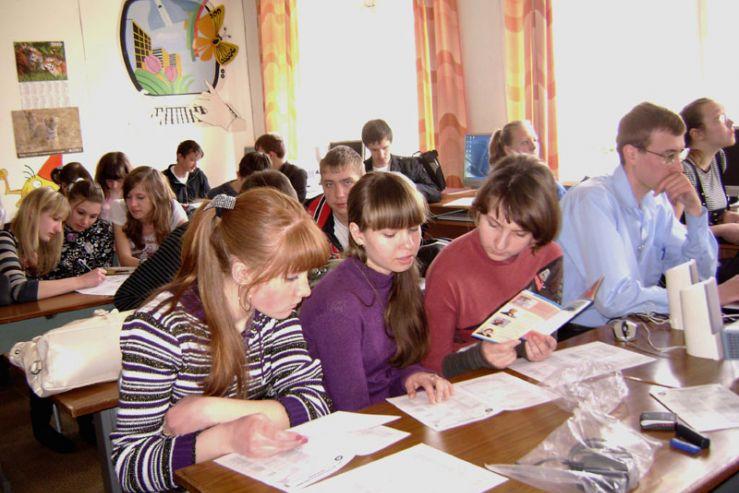 Абитуриенты Лесозаводска и Кировского района встретили сотрудников центра «Абитуриент» как долгожданных гостей.