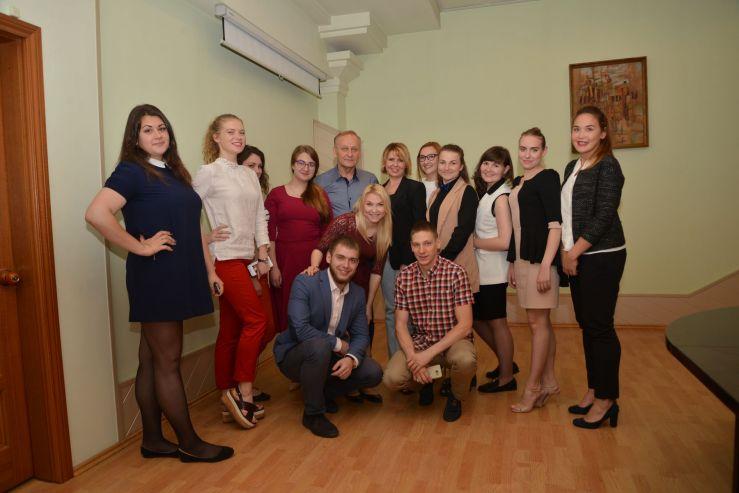 Лучшие выпускники ВГУЭС рассказали ректору и президенту всю правду об университете