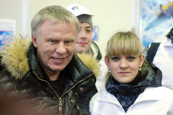 На память о встрече с Вячеславом Фетисовым осталась шайба с именным автографом легендарного хоккеиста