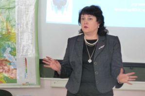 Проректор по учебной работе рассказала о цикличности мировой экономики и современном этапе развития экономической системы
