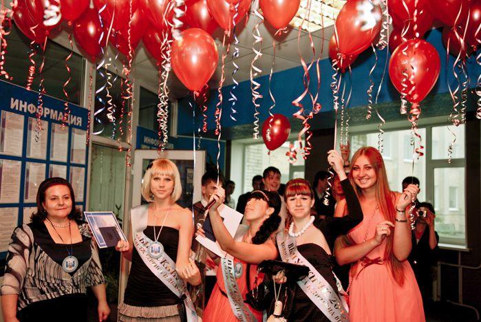 «Краснодипломники» КСД ВГУЭС продолжат обучение в родном университете