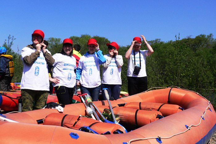 В День здоровья сотрудники ВГУЭС покорили реку Тигровая