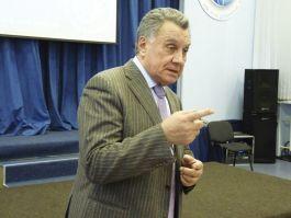 Сегодня в актовом зале ШИОД состоялась встреча учеников ШИОД с депутатом ЗАКС Виктором Васильевичем Горчаковым