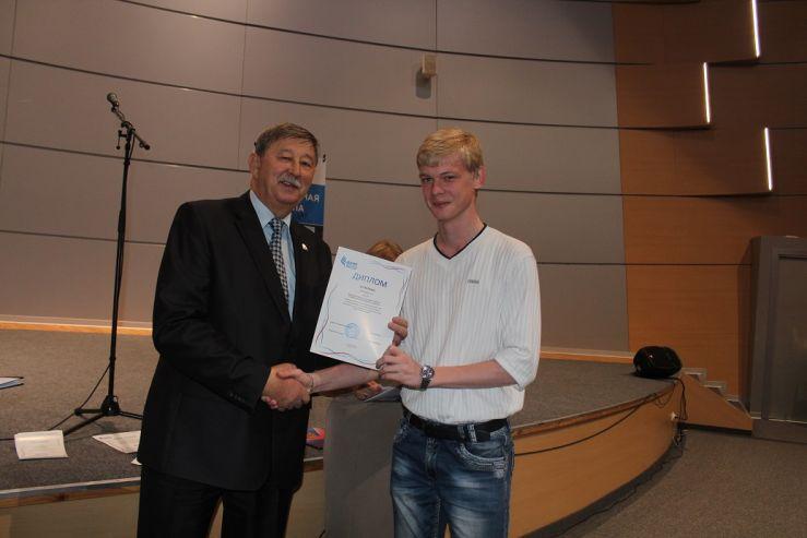 Команда студентов ВГУЭС заняла 3 место во II этапе Всероссийской олимпиады по сопромату и математике!