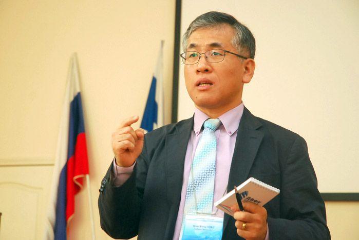 Во ВГУЭС обсудили перспективы АТЭС-2012