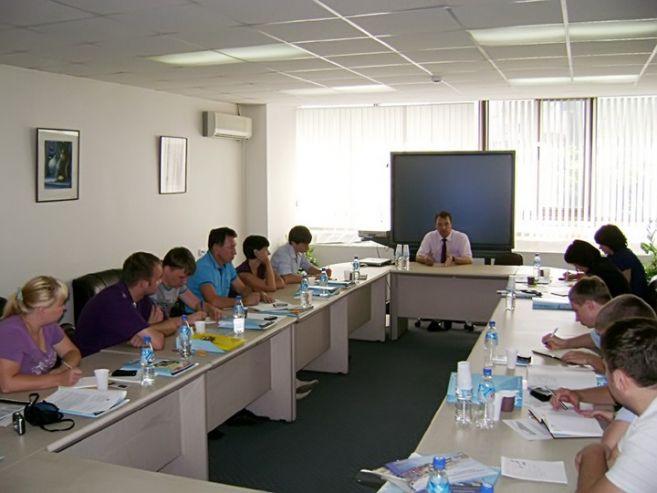 Первая Дальневосточная школа муниципальной политики провела три семинара в рамках проекта «Успешные выборы»