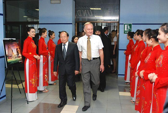 ВГУЭС успешно развивает российско-вьетнамское сотрудничество