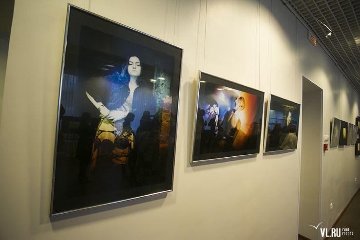 Фотовыставка во ВГУЭС «Дорогой Тео»: по следам Ван Гога
