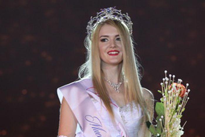 Первые красавицы и умницы Приморья учатся во ВГУЭС