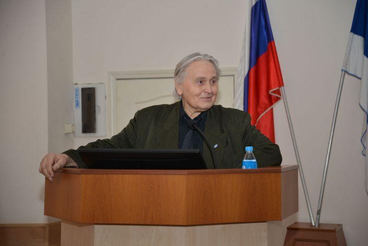 На XVI Конивских чтениях во ВГУЭС обсудили актуальные проблемы российского публичного права