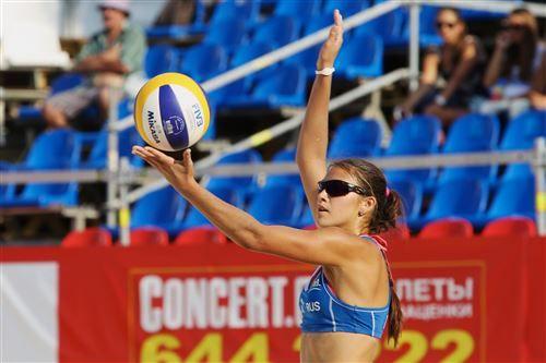 Студентка АК ВГУЭС Дарья Рудых привезла «золото» с чемпионата EEVZA по пляжному волейболу