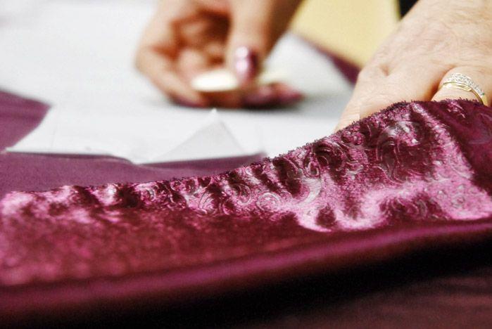 Придумать новогодний костюм для себя и для детей помогут мастера Профессионального лицея ВГУЭС