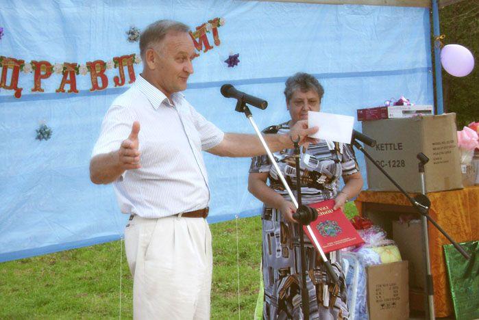 Ректор ВГУЭС посетил Михайловский район Приморского края с грамотами и подарками