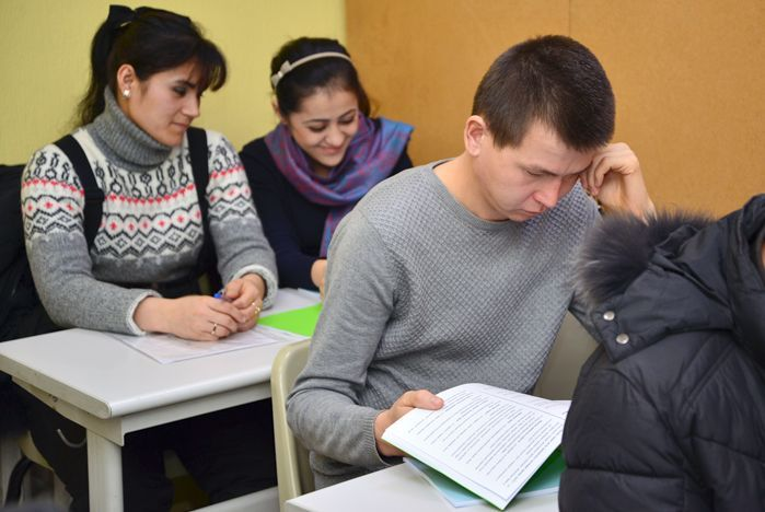 Комплексный экзамен для мигрантов: итоги первого года приема