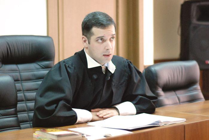 Очередное выездное заседание суда прошло в Зале учебных заседаний