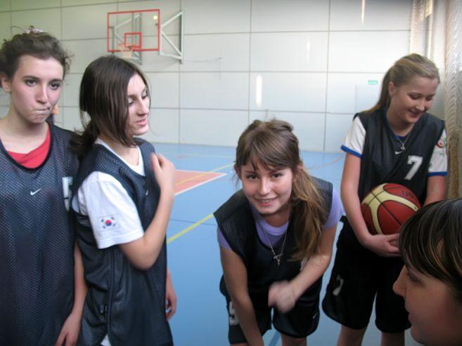 КСД ВГУЭС принимает гостей на спортивной площадке