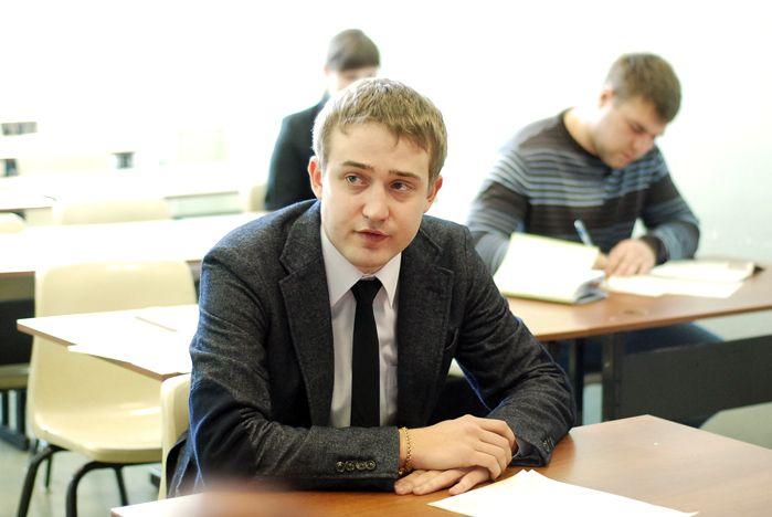 Госэкзамен студентов ГМУ прошел в формате «Совещание главы города»
