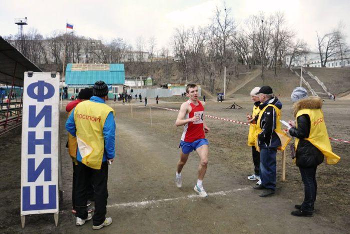 Легкоатлеты ВГУЭС занимают первые и призовые места