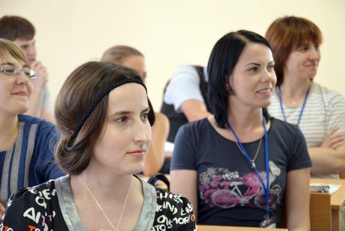 Молодые ученые ВГУЭС вернулись из Санкт-Петербурга с новыми знаниями и идеями