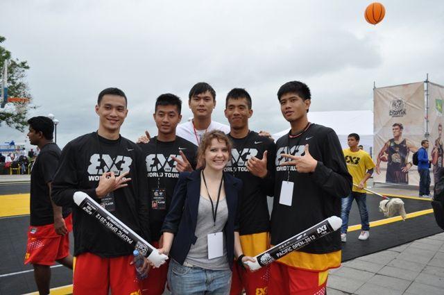 Волонтеры ВГУЭС на Кубке мира по уличному баскетболу