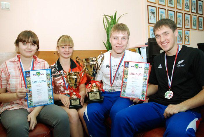 Юноши ВГУЭС – сильнейшие теннисисты среди студентов Приморья