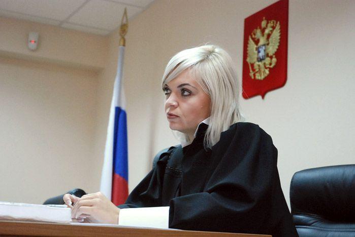 Ленинский районный суд города Владивостока провел выездное заседание во ВГУЭС