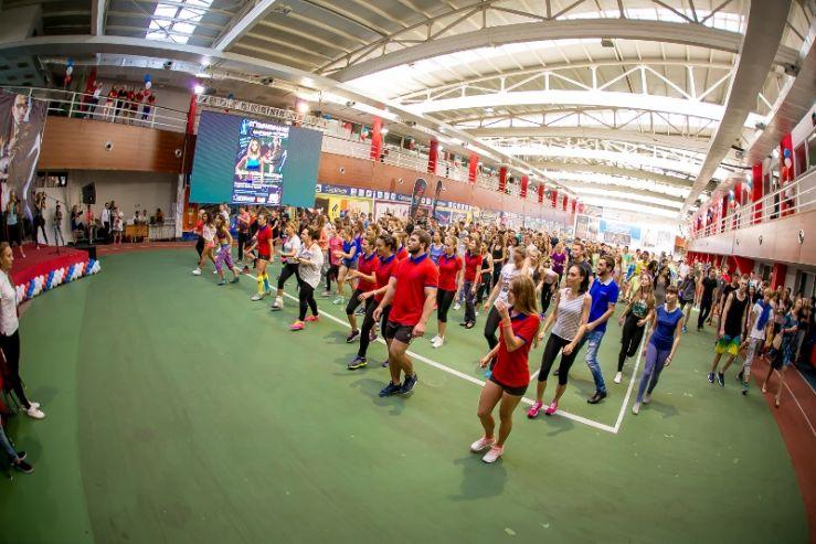 Фестиваль фитнеса во ВГУЭС: даешь здоровый образ жизни!