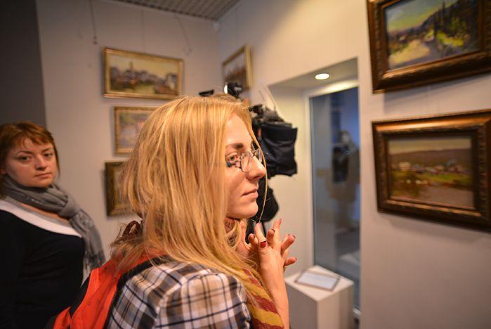 В музее ВГУЭС новая экспозиция - «En plein air» Евгения Пихтовникова