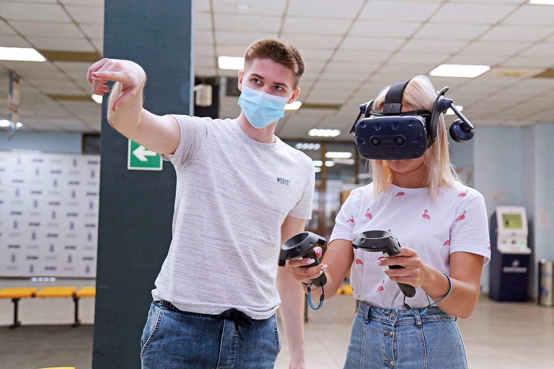 Прорыв в образовательных технологиях на Дальнем Востоке: во ВГУЭС протестировали первый VR-тренажер