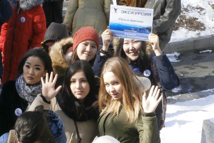 Студенты Колледжа сервиса и дизайна ВГУЭС стали экскурсоводами