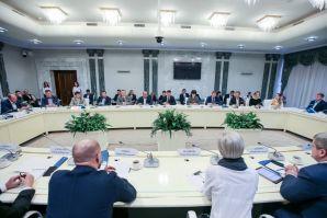 Диалог бизнеса и власти: о чем губернатор Приморья говорил с предпринимателями края