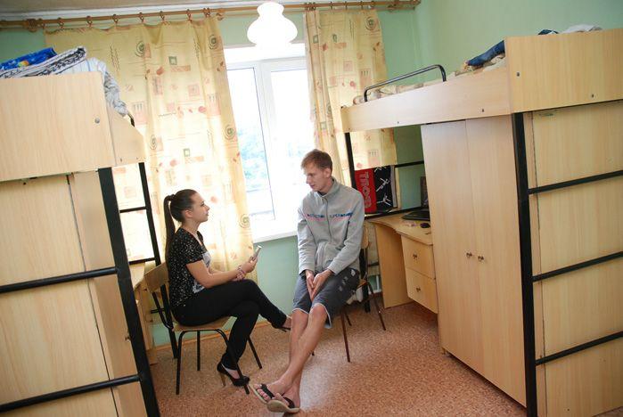 Студенты-первокурсники осваиваются в общежитии
